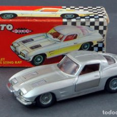 Coches a escala: CHEVROLET CORVETTE STING RAY PILEN 1/43 MADE IN SPAIN CON CAJA AÑOS 70 BUEN ESTADO. Lote 118798663