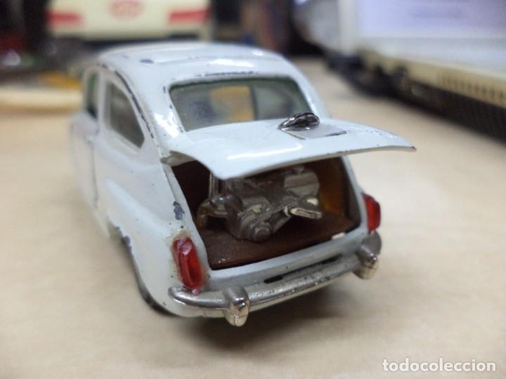 Coches a escala: Pilen.Auto Pilen.Seat 600 primera serie años 70.Con faltas. - Foto 4 - 153043829