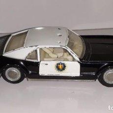 Coches a escala: AUTO PILEN : ANTIGUO COCHE DE POLICIA OLDSMOBILE TORONADO REF. 307 MADE IN SPAIN AÑOS 60 / 70. Lote 151050034