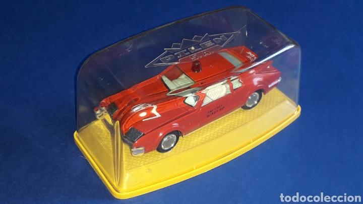 Coches a escala: Oldsmobile Toronado bomberos Fire Chief, metal, esc. 1/43, Pilen made in Spain, original años 70-80. - Foto 2 - 167756892