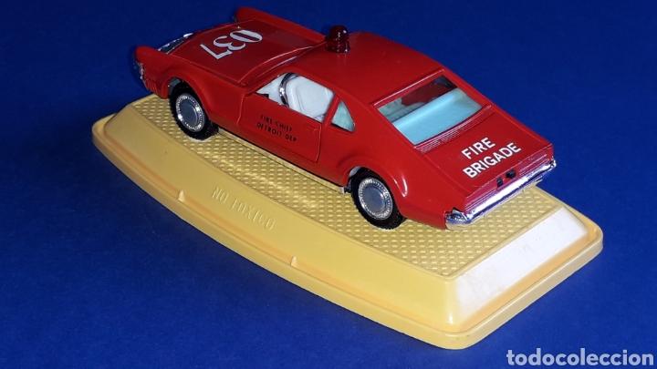 Coches a escala: Oldsmobile Toronado bomberos Fire Chief, metal, esc. 1/43, Pilen made in Spain, original años 70-80. - Foto 4 - 167756892
