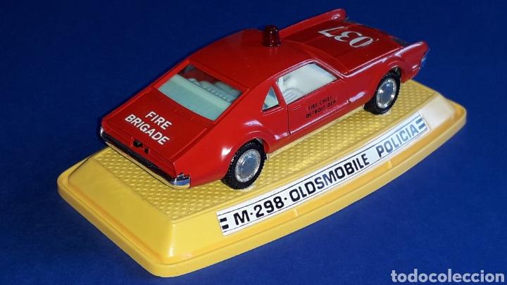 Coches a escala: Oldsmobile Toronado bomberos Fire Chief, metal, esc. 1/43, Pilen made in Spain, original años 70-80. - Foto 5 - 167756892