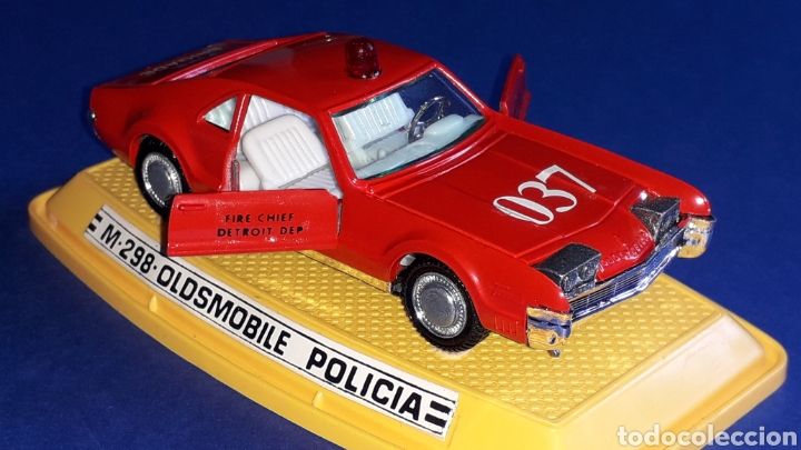 Coches a escala: Oldsmobile Toronado bomberos Fire Chief, metal, esc. 1/43, Pilen made in Spain, original años 70-80. - Foto 8 - 167756892
