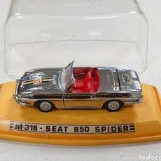 Coches a escala: SEAT 850 SPIDER CROMADO DE PILEN REF. M-318. Lote 182424721