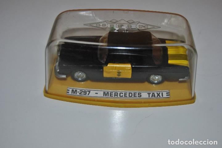 Coches a escala: MERCEDES TAXI M-297 PERFECTO - Foto 2 - 198330331