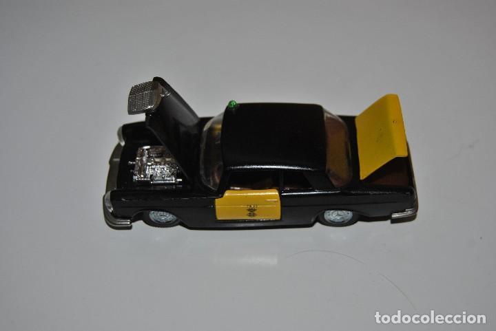 Coches a escala: MERCEDES TAXI M-297 PERFECTO - Foto 3 - 198330331
