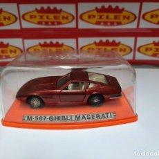 Auto in scala: PILEN GHIBLI MASERATI M507 (VARIANTE EN NEGRO!! TABLERO, VOLANTE ,CAMBIO Y TALONERAS) EN CAJA NUEVO. Lote 215534295