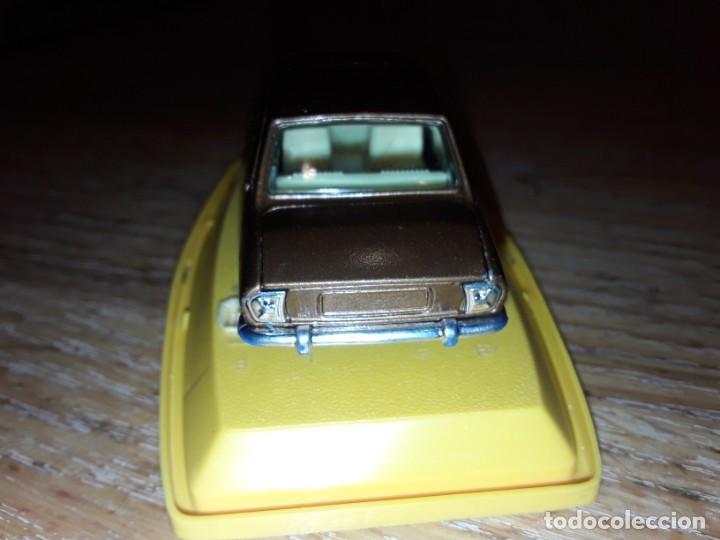 Coches a escala: Pilen Peugeot 504, modelo 513 - Foto 6 - 220286272