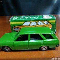 Carros em escala: PILEN YOPLAIT EN CAJA SEAT 131 VERDE. Lote 267657774