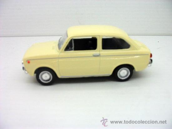 SEAT 850 COCHE METAL 1 43 SOLIDO METAL MODEL CAR (Juguetes - Coches a Escala 1:43 Solido)