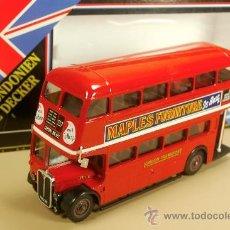 Coches a escala: AUTOBUS LONDON TRANSPORT D.DECKER BUS 2 PLANTAS MAPLES FURNITURE SOLIDO VINTAGE NUEVO CAJA ORIGINAL. Lote 38067557