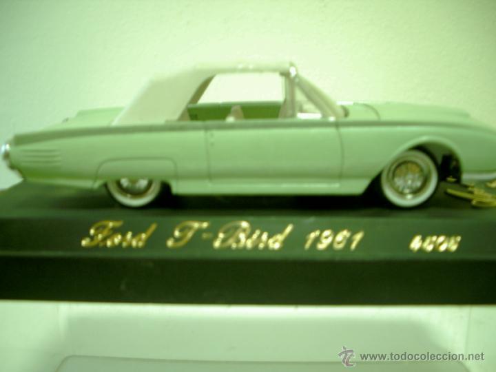 FORD THUNDERBIRD 1961 DE SOLIDO SERIE AGE DOR (Juguetes - Coches a Escala 1:43 Solido)
