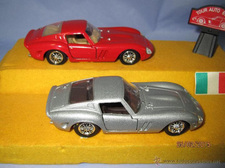 Coches a escala: Peana con Pareja de FERRARI 250 GTO Tour Auto 1963-64 en Escala 1/43 - Año 1980s. - Foto 2 - 47945657