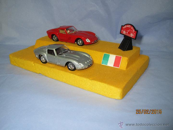 Coches a escala: Peana con Pareja de FERRARI 250 GTO Tour Auto 1963-64 en Escala 1/43 - Año 1980s. - Foto 10 - 47945657