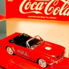 Coches a escala: COCA-COLA VINTAGE SOLIDO FRANCE - 1964 FORD MUSTANG CABRIO PUB COKE - VINTAGE NUEVO CON CAJA. Lote 50403038