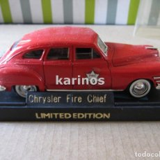 Coches a escala: CHRYSLER WINDSOR FIRE CHIEF BOMBEROS SOLIDO (F3). Lote 78993497