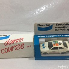 Coches a escala: FORD ESCORT RS TURBO SOLIDO PROMOCIONAL BENDIX ESCALA 1:43. Lote 112651831