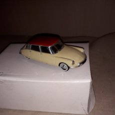 Coches a escala: COCHE SOLIDO, CITROEN DS 19-1956 , 1:43. Lote 128469720