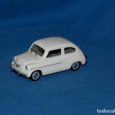 Coches a escala: (M) SOLIDO SEAT 600D 1963 , BUEN ESTADO. Lote 150263330