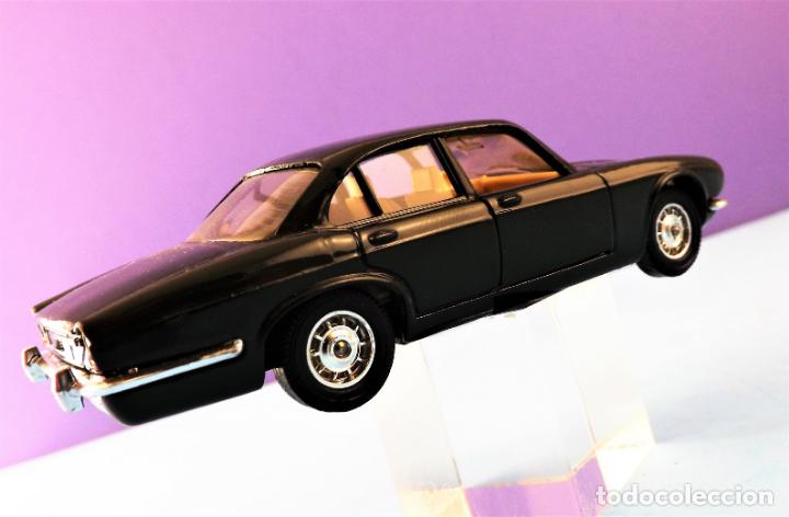 Coches a escala: Solido Jaguar XK V12 Colección Altaya - Foto 3 - 150954670