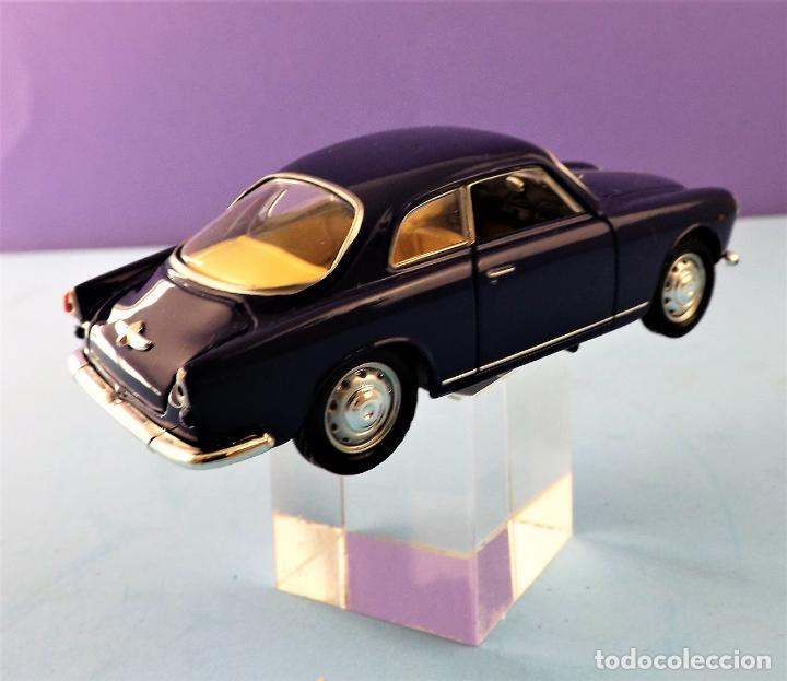 Coches a escala: Solido Alfa Romeo Guilietta de 1957 Colección Altaya - Foto 3 - 151068678