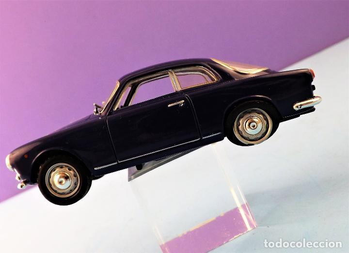 Coches a escala: Solido Alfa Romeo Guilietta de 1957 Colección Altaya - Foto 5 - 151068678
