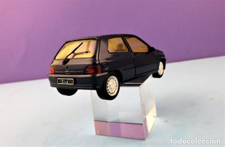 Coches a escala: Solido Renault Clio Colección Altaya - Foto 3 - 151084630