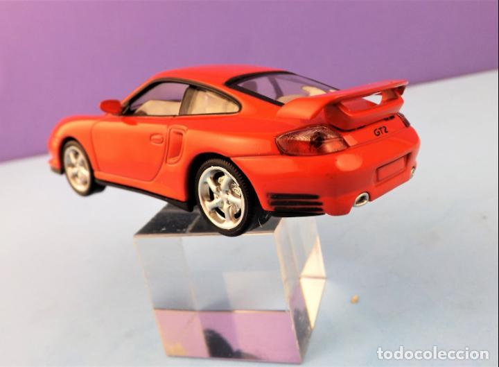Coches a escala: Solido Porsche 911 GT2 Colección Altaya - Foto 5 - 151085070