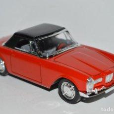 Coches a escala: 1/43 COCHE FACEL VEGA 2 AÑO 1962 SOLIDO 1/43 1:43 MODEL CAR FRANCE MINIATURA MINIATURE. Lote 164999678