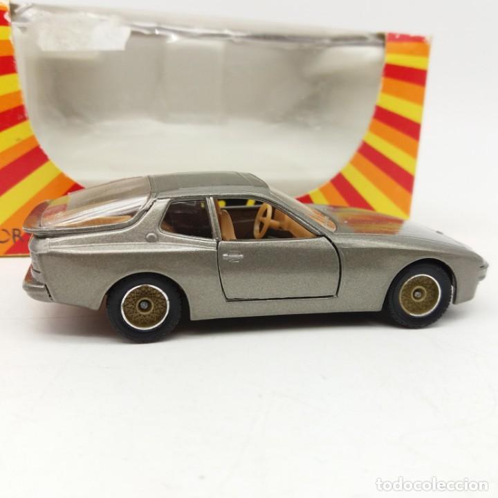 Coches a escala: Porsche 944 de SÓLIDO año 1986 - No jugado - Foto 2 - 171044620
