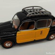 Coches a escala: SEAT 800 TAXI - SOLIDO ESCALA 1/43 - PERFECTO ESTADO!!. Lote 182680771
