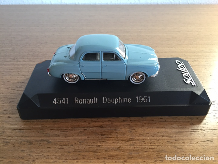 RENAULT DAUPHINE 1961 (Juguetes - Coches a Escala 1:43 Solido)