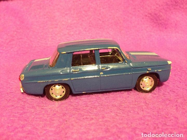 Coches a escala: Renault 8 solido .Made in France.1998. 1/43 - Foto 6 - 189436175