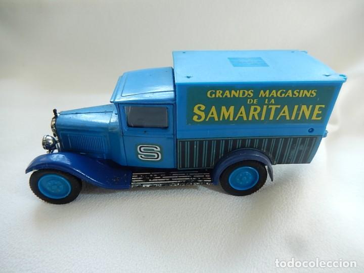 Coches a escala: Citroen C4F 1950. Samaritaine. Ref. 4409. Solido. Francia Años 1970 / 80. - Foto 4 - 194120516