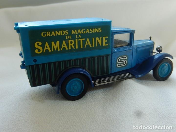 Coches a escala: Citroen C4F 1950. Samaritaine. Ref. 4409. Solido. Francia Años 1970 / 80. - Foto 9 - 194120516
