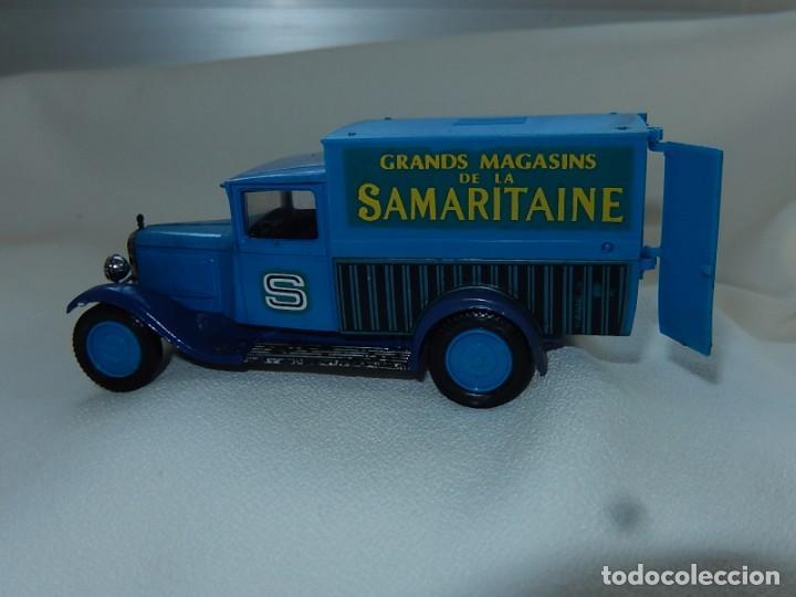 Coches a escala: Citroen C4F 1950. Samaritaine. Ref. 4409. Solido. Francia Años 1970 / 80. - Foto 13 - 194120516