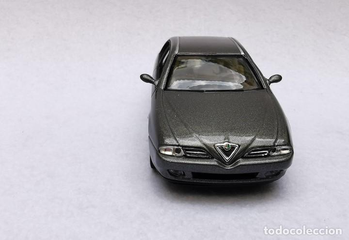 Coches a escala: Alfa Romeo 166 de la colección Coches Inolvidables, Solido (Salvat), año 2001, escala 1/43 - Foto 10 - 195958491