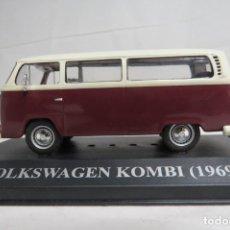 Carros em escala: VOLKSWAGEN KOMBI 1969. Lote 198571547
