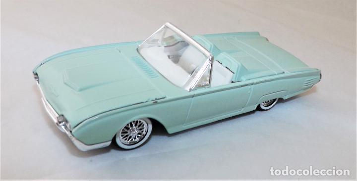 Coches a escala: SOLIDO Ford Thunderbird 1961 COLECCIÓN ALTAYA - Foto 2 - 203266166