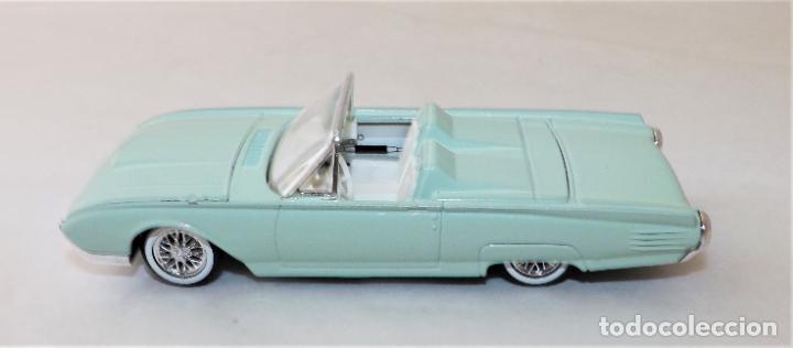 Coches a escala: SOLIDO Ford Thunderbird 1961 COLECCIÓN ALTAYA - Foto 3 - 203266166