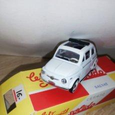 Coches a escala: FIAT 500 1957 SOLIDO. Lote 212963531