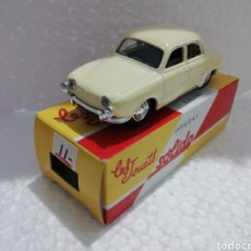 Coches a escala: RENAULT DAUPHINE SOLIDO. Lote 213809298