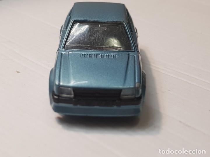 Coches a escala: Coche Ford Escort RS Turbo de Solido escala 1:43 - Foto 3 - 214302337