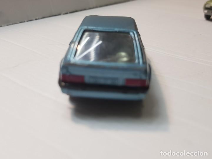 Coches a escala: Coche Ford Escort RS Turbo de Solido escala 1:43 - Foto 4 - 214302337