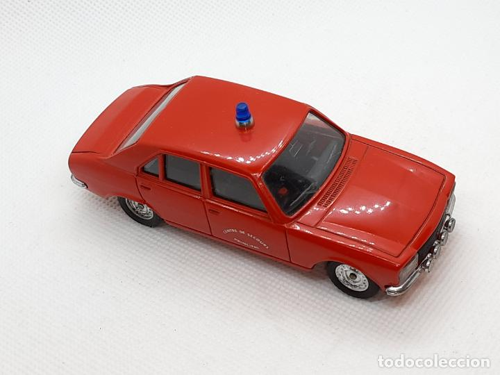 Coches a escala: PEUGEOT 504 BOMBEROS - SOLIDO - MADE IN FRANCE - ESC. 1/43 - - Foto 4 - 218562300