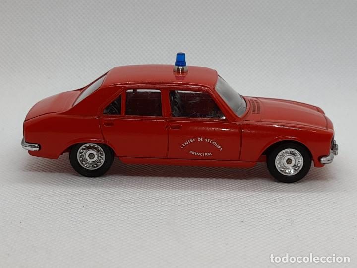 Coches a escala: PEUGEOT 504 BOMBEROS - SOLIDO - MADE IN FRANCE - ESC. 1/43 - - Foto 8 - 218562300