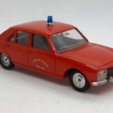 Coches a escala: PEUGEOT 504 BOMBEROS - SOLIDO - MADE IN FRANCE - ESC. 1/43 -. Lote 218562300