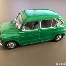 Coches a escala: VENDO SEAT 800 - 1964 DE SOLIDO - .1/43-. Lote 218662921