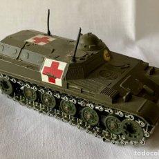 Coches a escala: AMX 13 T (SÓLIDO) TANQUE MILITAR AMBULANCIA. Lote 222428450