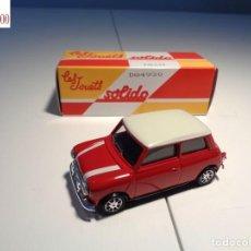 Auto in scala: MINI. ESCALA 1:43. SOLIDO / SALVAT. Lote 225740230